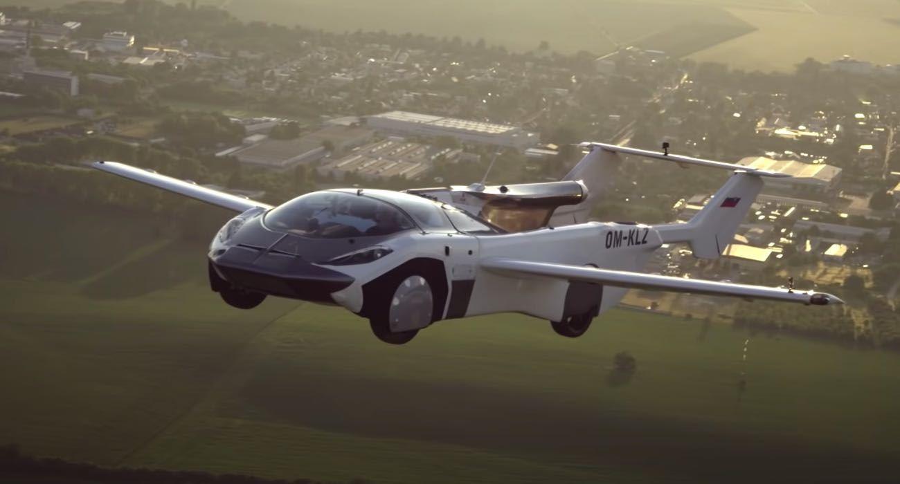 Prototyp latającego samochodu AirCar wykonuje pierwszy lot długodystansowy polecane, ciekawostki Wideo, latający samochód, AirCar  Słowacka firma Klein Vision wykonała pierwszy lot międzymiastowy między lotniskami Nitra i Bratysława prototypowym latającym samochodem. auto