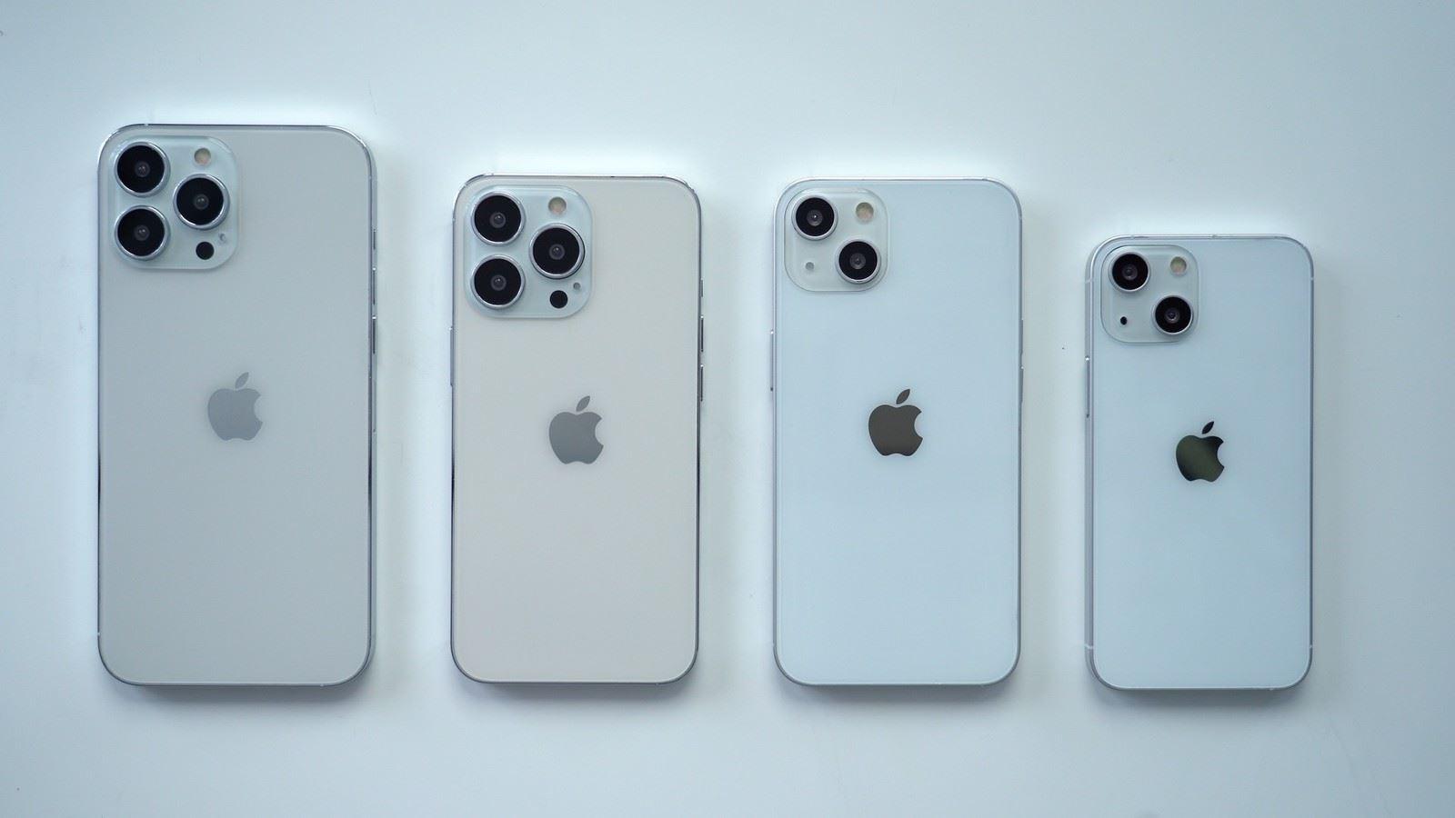 Atrapy iPhone 13 / 13 Pro pokazane w nowym filmie polecane, ciekawostki Wideo, iPhone 13 Pro, iPhone 13, Apple  Wiele atrap iPhone 13 pojawiło się w ciągu ostatnich kilku tygodni. Pierwsze zostały ujawnione przez Sonny'ego Dicksona, który dał nam pierwsze spojrzenie na większy moduł kamery. iphone 13 atrapa