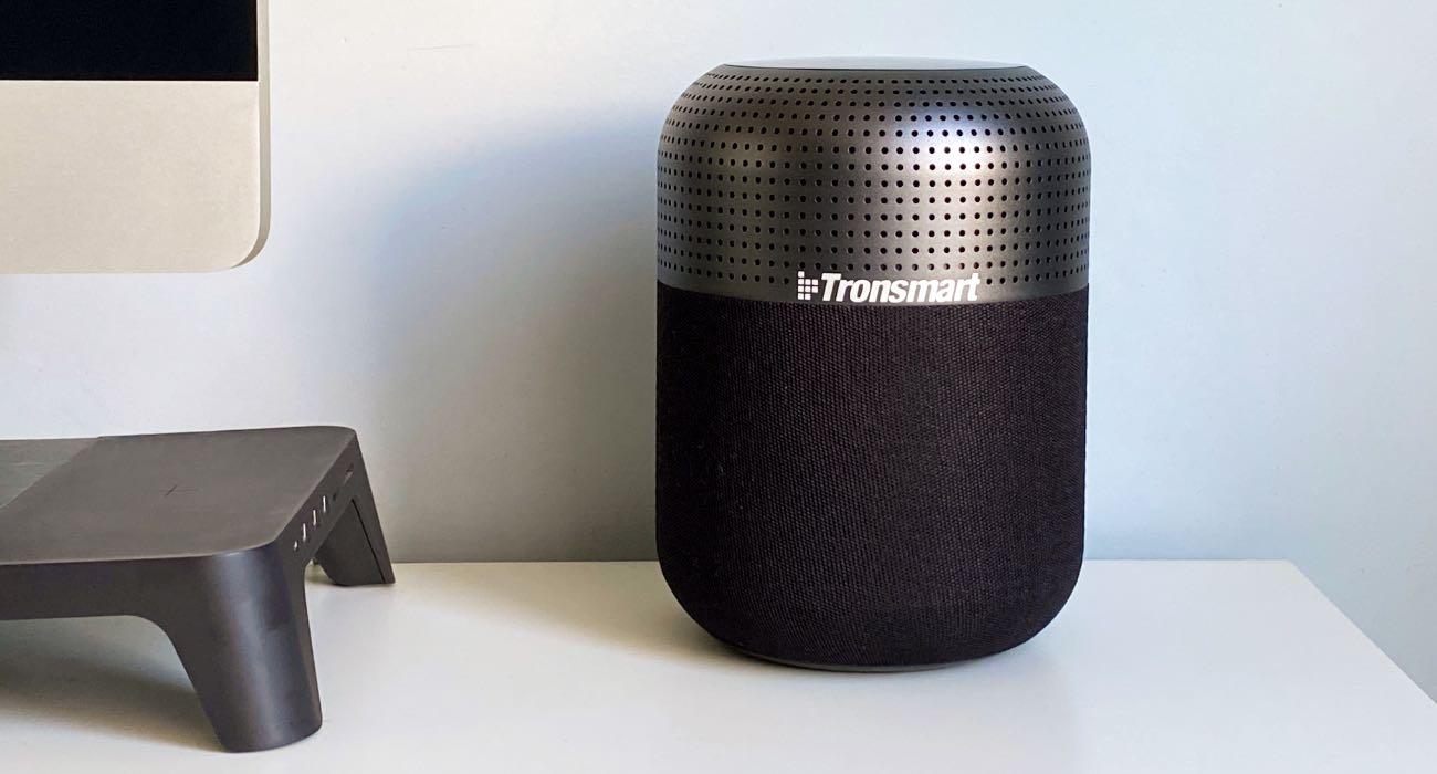 Duża moc, przestrzenny dźwięk 360°, wygląd podobny do HomePod - poznajcie Tronsmart T6 Max recenzje, polecane, ciekawostki Tronsmart T6 Max, Tronsmart, Recenzja, głośnik  T6 Max to najnowszy głośnik Bluetooth w chińskim portfolio firmy Tronsmart, będący obecnie najmocniejszym głośnikiem produkowanym przez firmę. Od kilku tygodni jesteśmy w posiadaniu urządzenia, więc przyszedł czas, aby napisać Wam kilka zdań na jego temat. trans 3