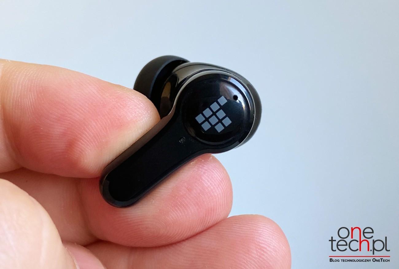 Tronsmart Onyx Apex - bezprzewodowe, niedrogie douszne słuchawki z ANC recenzje, ciekawostki Tronsmart Onyx Apex recenzja, Tronsmart Onyx Apex, słuchawki, bezprzewodowe słuchawki Tronsmart Onyx Apex  Posiadanie dobrych słuchawek z ANC, które izolują Cię od zewnętrznego hałasu, jest dziś niezbędne. Dlatego chcemy przedstawić Wam i polecić Tronsmart Onyx Apex - bezprzewodowe i kompaktowe słuchawki douszne z ANC. apex 1